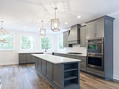 05 Lutz Kitchen 2 - New Home Construction with Elegant Custom Kitchens