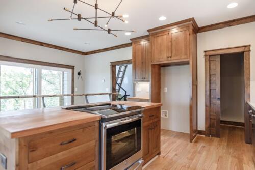10 Sullivan Kitchen - New Home Construction with Elegant Custom Kitchens